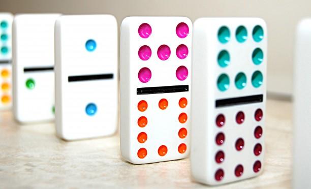 Regole del gioco domino regole del gioco - Domino gioco da tavolo ...